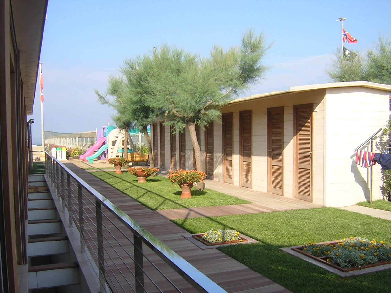 Bagno Bragozzo cabine e giochi per bambini
